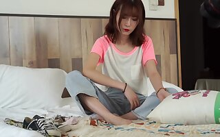 Chinese Foot Model - Amateur Porn solo