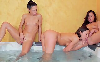 Nude women share the have an eye for pussy in a kinky trio