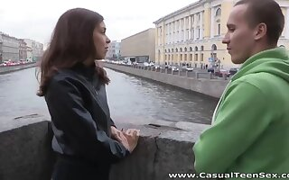 Boy picks with regard to Russian pamper and fucks will not hear of pussy and brashness on the first date