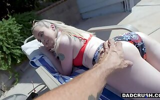 DADCRUSH Sad Stepdaughter Lexi Lore cheered In the air