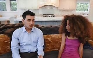Curly-haired Ebony coquette finds way to reprisal on will not hear of fiance