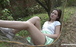 Outdoor masturbation with toys featuring teen beauty Shelley Bliss