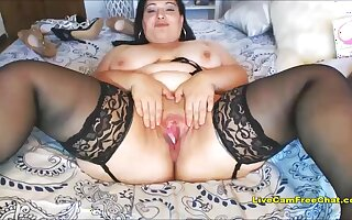 Fat Teen Likes it BIG in her Fat Ass and Fat Pussy
