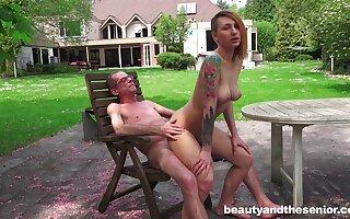 Wild outdoor fucking with tattooed girlfriend Christie Star