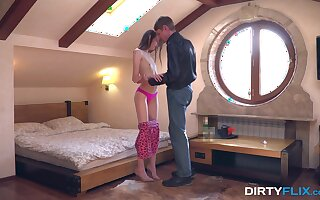 Russian skinny teen Ariel Tylor gets intimate with barely known guy