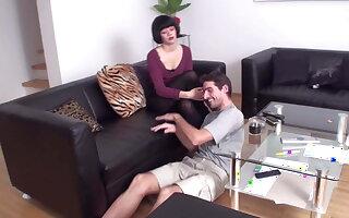 lea accustom her slave oscar for foot massage
