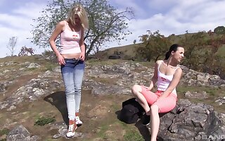 Nice pussy ribbons and fingering in outdoors - Suzi Rainbow