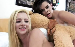 playmates fuck in auto and dare divertissement group xxx Bear